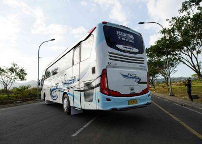 Bus Pariwisata Malang