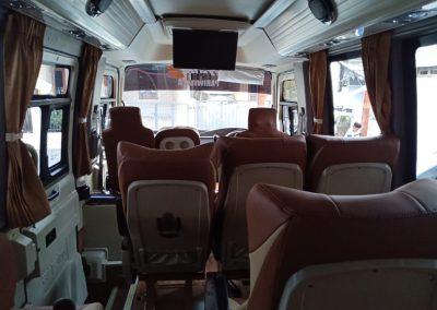 mini-coaster-18-seat