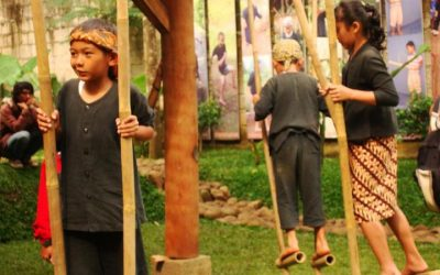 Bernostalgia Di Komunitas HONG Bandung                                        5/5(1)
